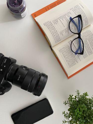 Fotografía, redacción de textos, vídeo, gestión de redes sociales, Linkedin, Instagram, Facebook, Google Google My Business.