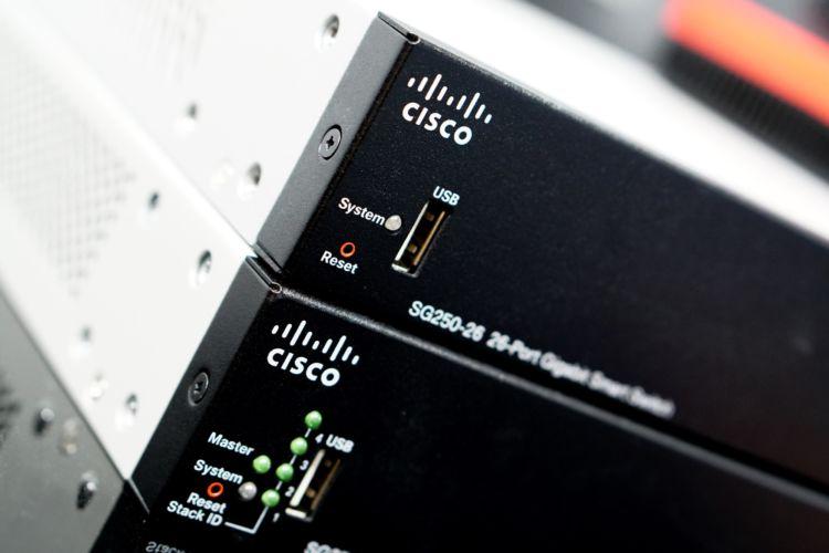 Fotografía de productos tecnológicos SISCOM. Fotografía de producto.